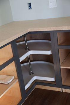 Best Easier 36 Corner Base Kitchen Cabinet Momplex Vanilla 640 x 480