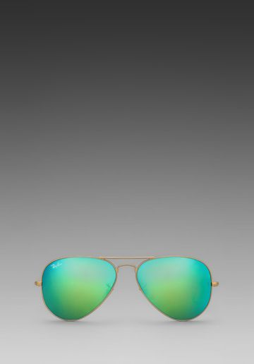 Ray-Ban Large Metal Aviator in Matte Gold & Grey Mirror Green from Revolve.com