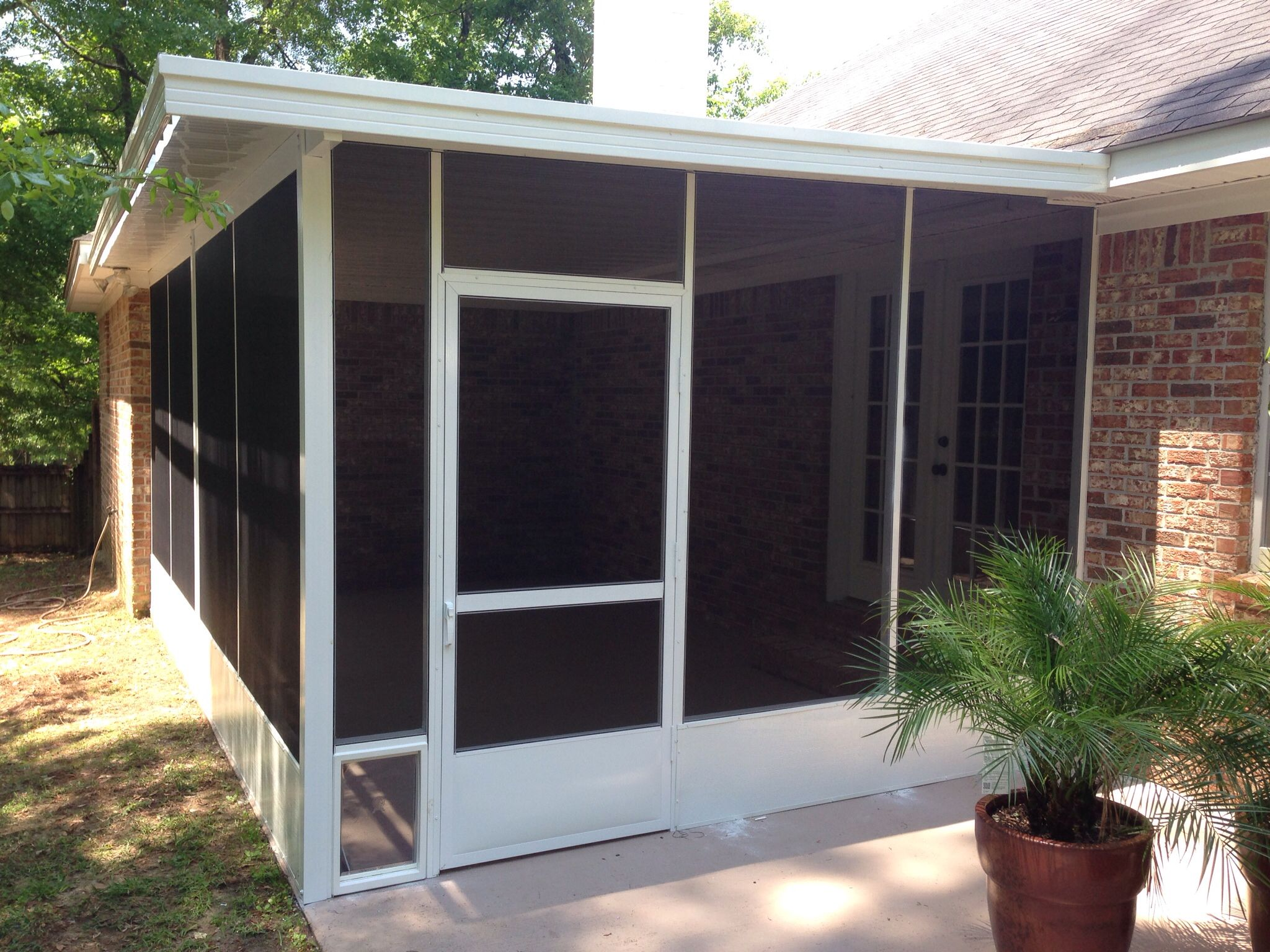 A Lovely 12u0027 By 18u0027 Screened Aluminum Cover On A Shaded Rear Patio.