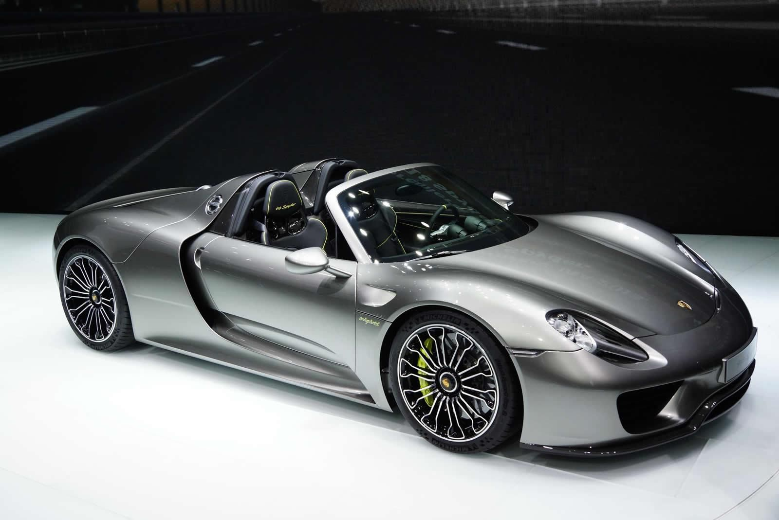 porsche 918 spyder white and red. 2015 porsche 918 spyder hybrid supercar with a total of in seconds white and red