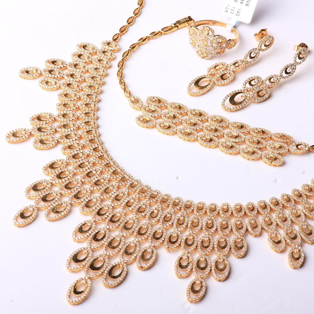 طقم شبكة من كولكشن ماسة الخاص ذهب عيار ٢١ يوجد شحن الى جميع انحاء العالم للطلب و التسعير او الأستفسار يرجى ال Gold Bracelet Jewelry Chain Necklace