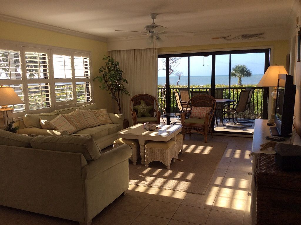 Condo vacation rental in tarpon beach from