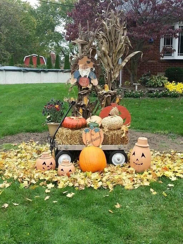 37 Lovely Fall Theme Garden Decor Ideas That You Will Like Belihouse Fall Yard Decor Front Yard Decor Fall Lawn
