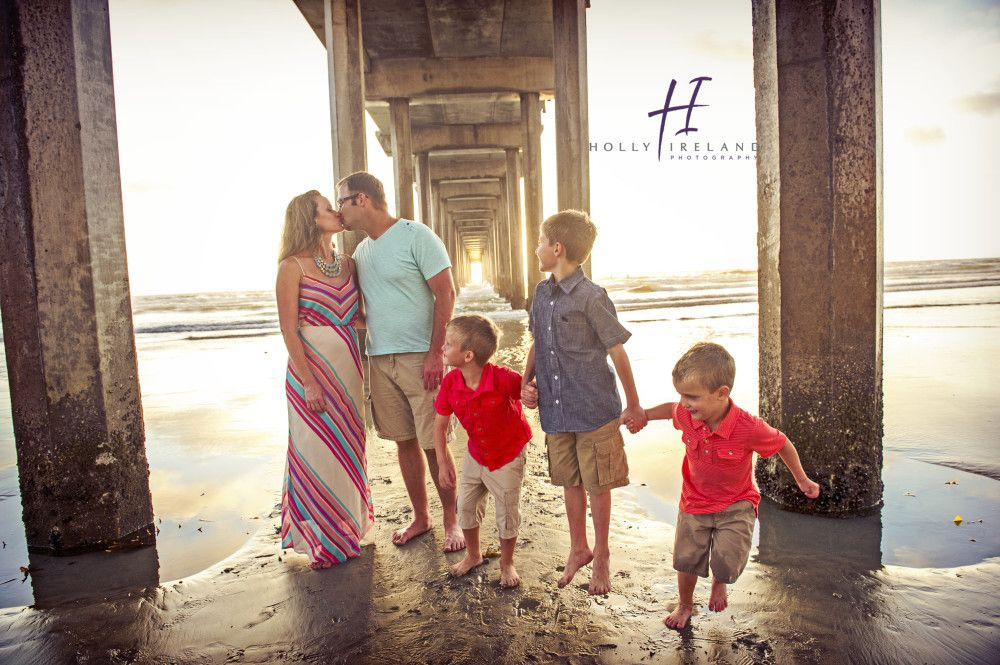 La jolla family photographer at scripps pier