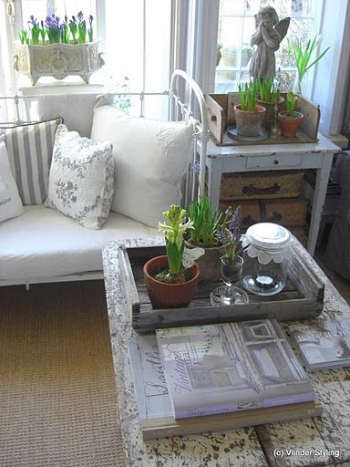back porch/sunroom - use old picnic table for table