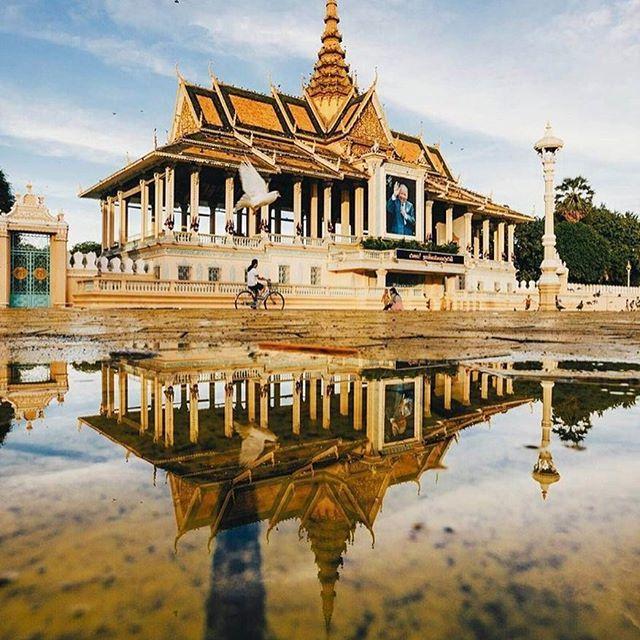 Royale Palace in Phnom Penh, Cambodia Photo by vutheara