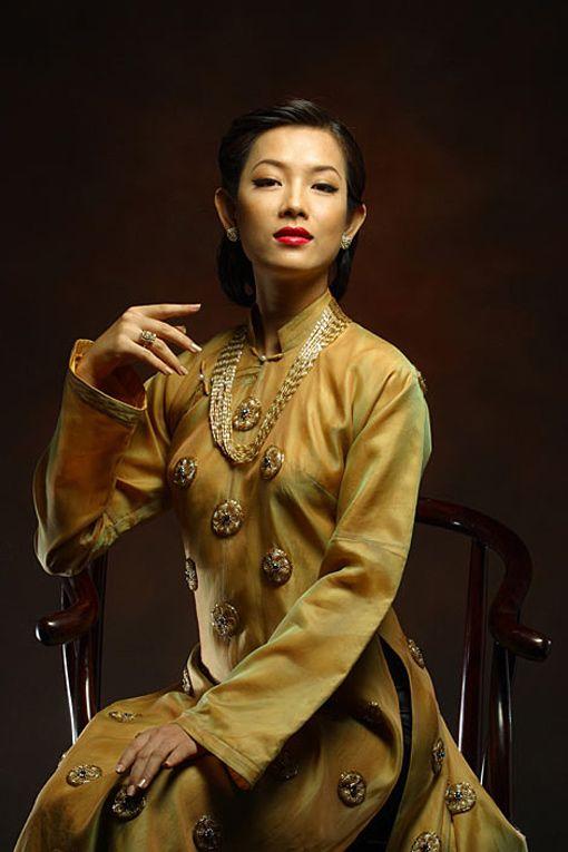 Hương Xưa Hình ảnh áo dài xưa của Việt Nam đã cho thấy một vẻ đẹp