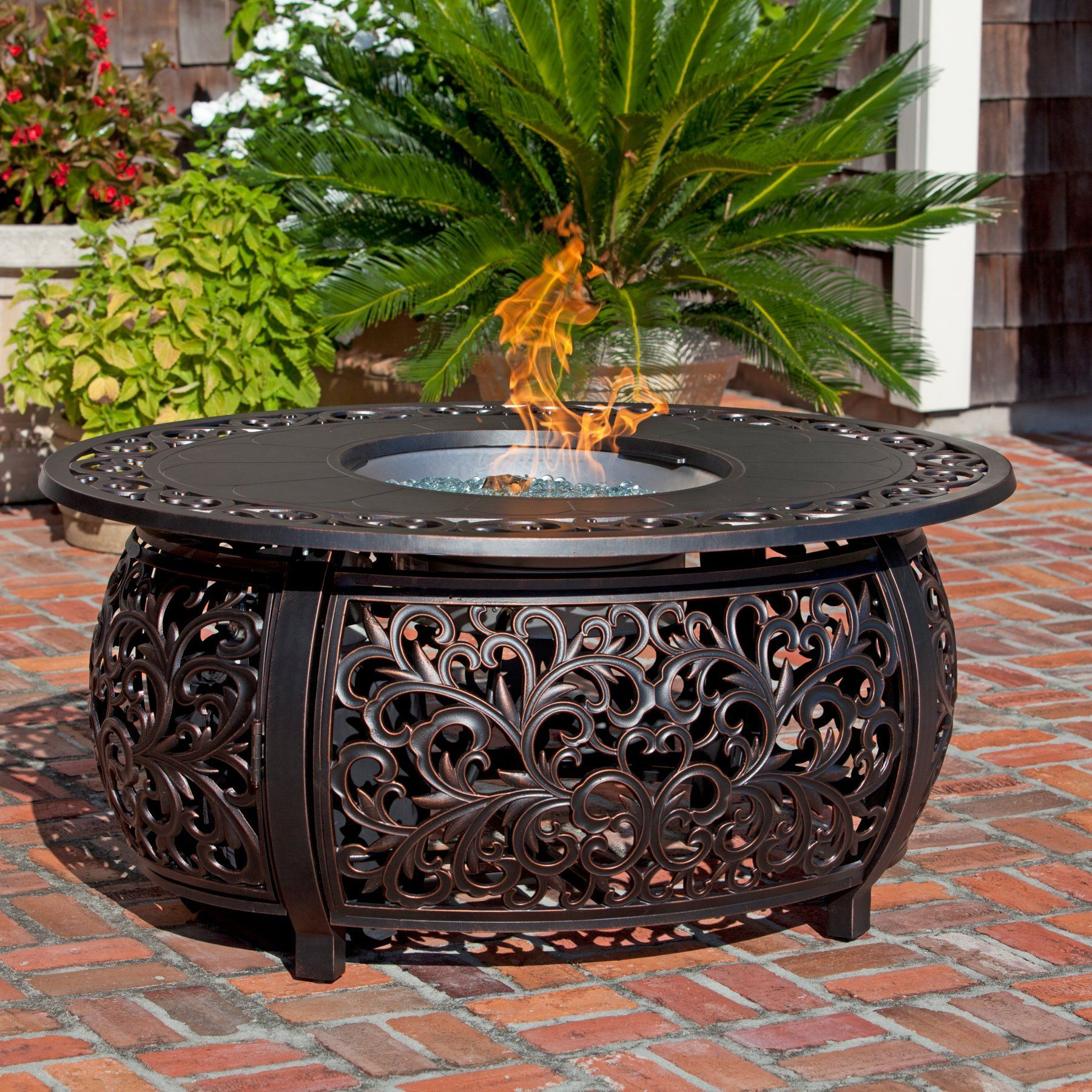 this sedona cast aluminum lpg fire pit table not only functions as a