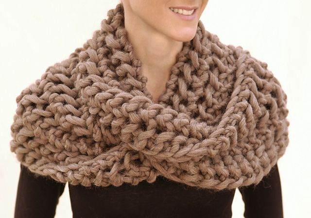 Knitting Scarf Patterns Infinity Scarf : Knitted scarf open work infinity pattern quick knit