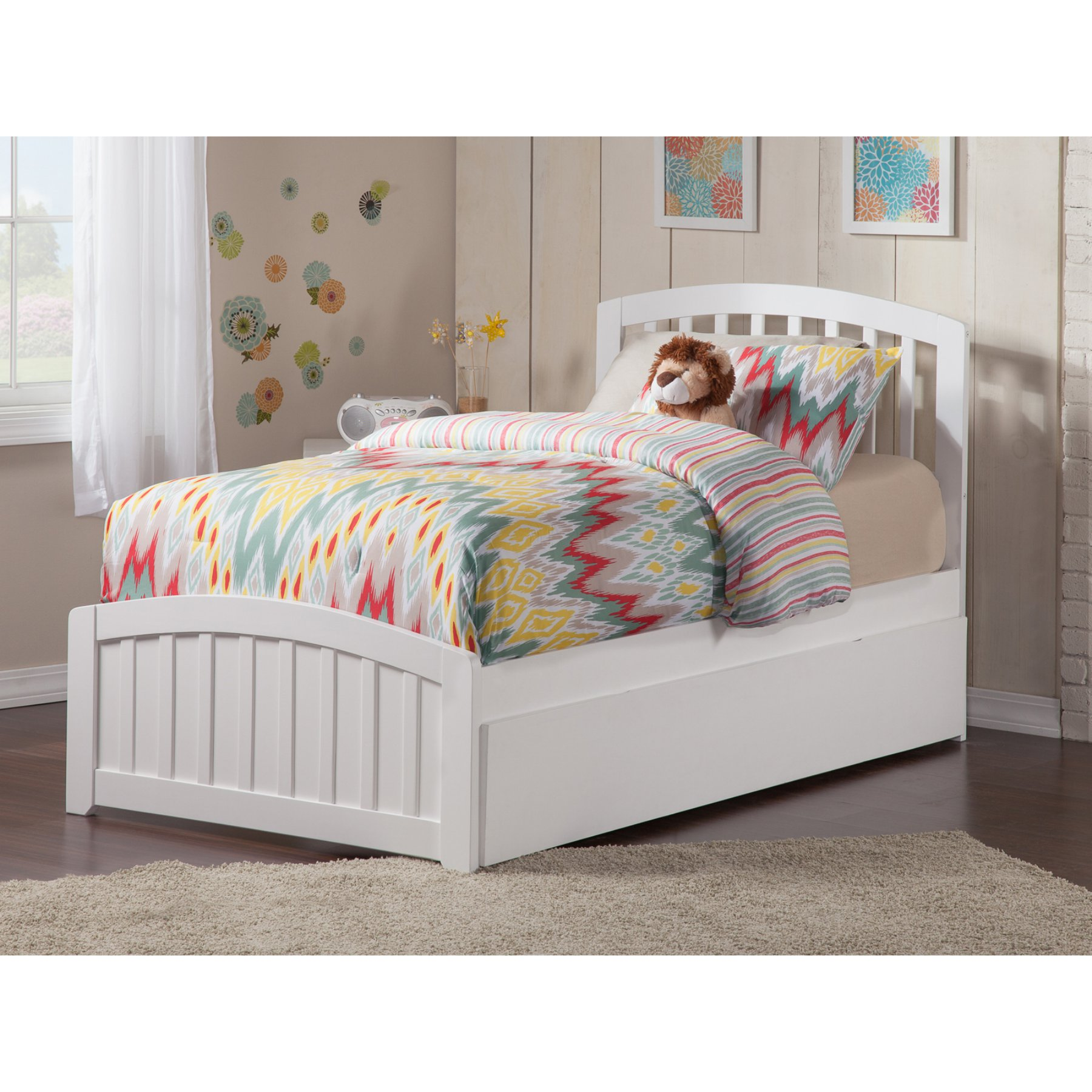 Atlantic Furniture Richmond Platform Bed with Matching