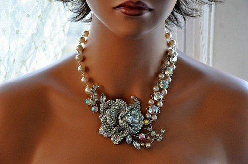Hey, I found this really awesome Etsy listing at https://www.etsy.com/listing/99070588/bridal-necklaceswarovski-crystal