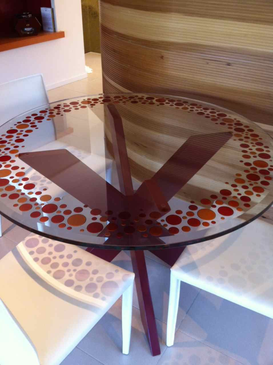 Bubbly Ii Close Up Glass Dining Tables Pinterest Glass