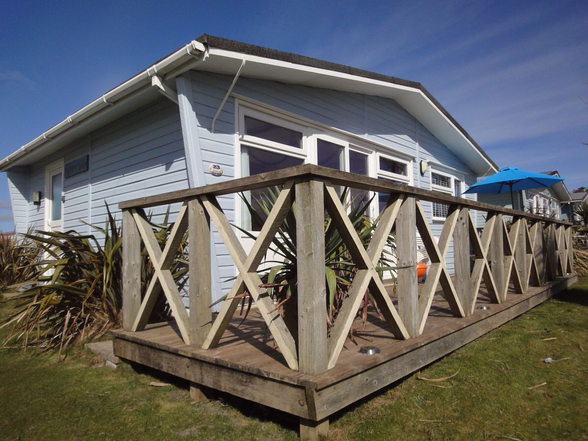 Beach Chalet Bucket N Spade Holiday Rental Chalet Holiday Home