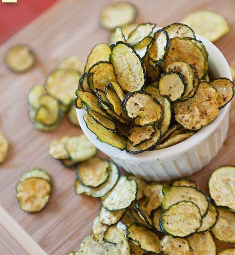 Id e ap ritif l ger des chips de courgettes cosmo food recettes - Idee d aperitif dinatoire ...