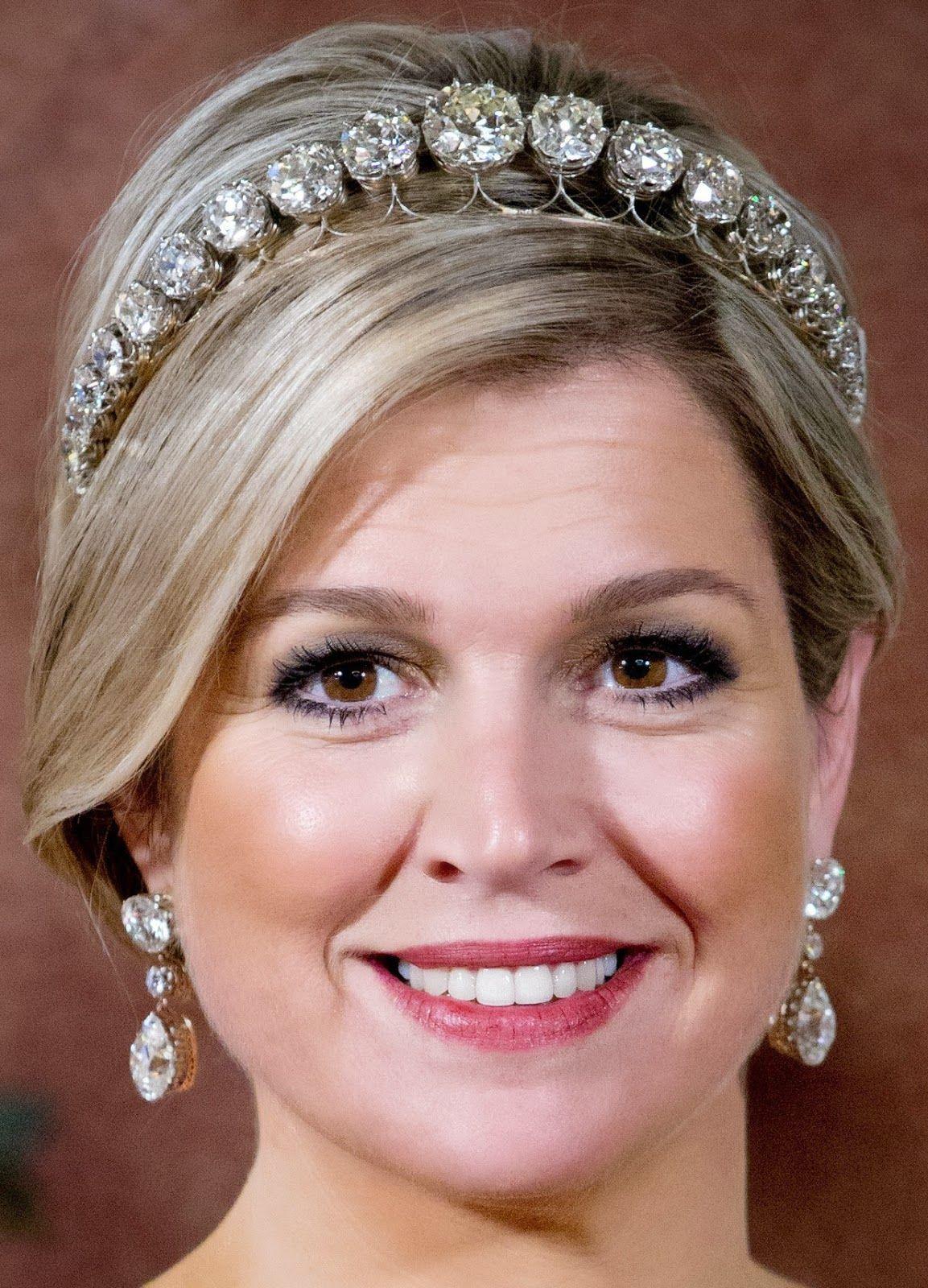 Tiara Mania: Diamond Bandeau (Queen Maxima) Creation: This tiara was ...