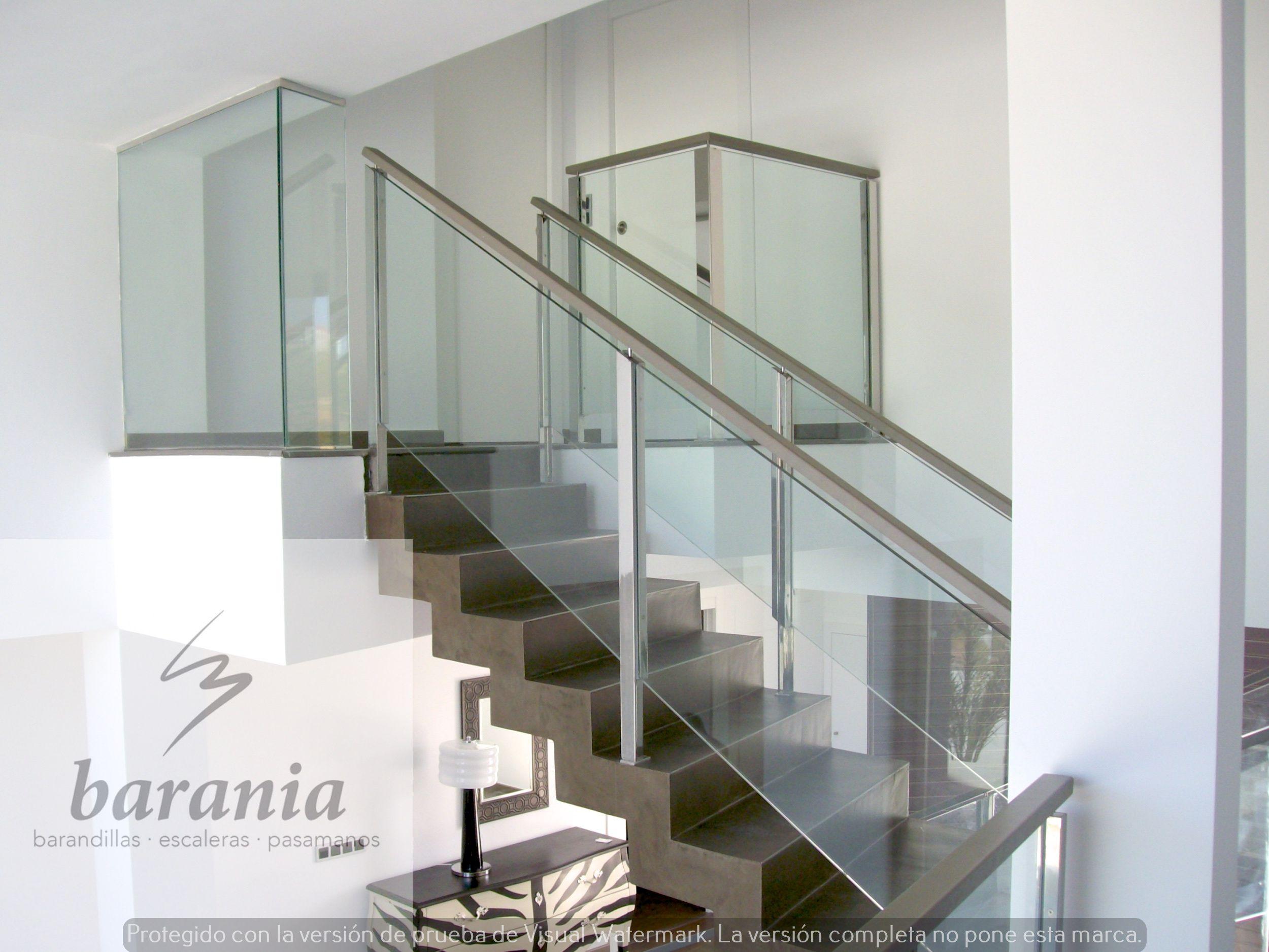 Barandillas De Escaleras Interiores. Consltanos Sin Compromiso Y ...