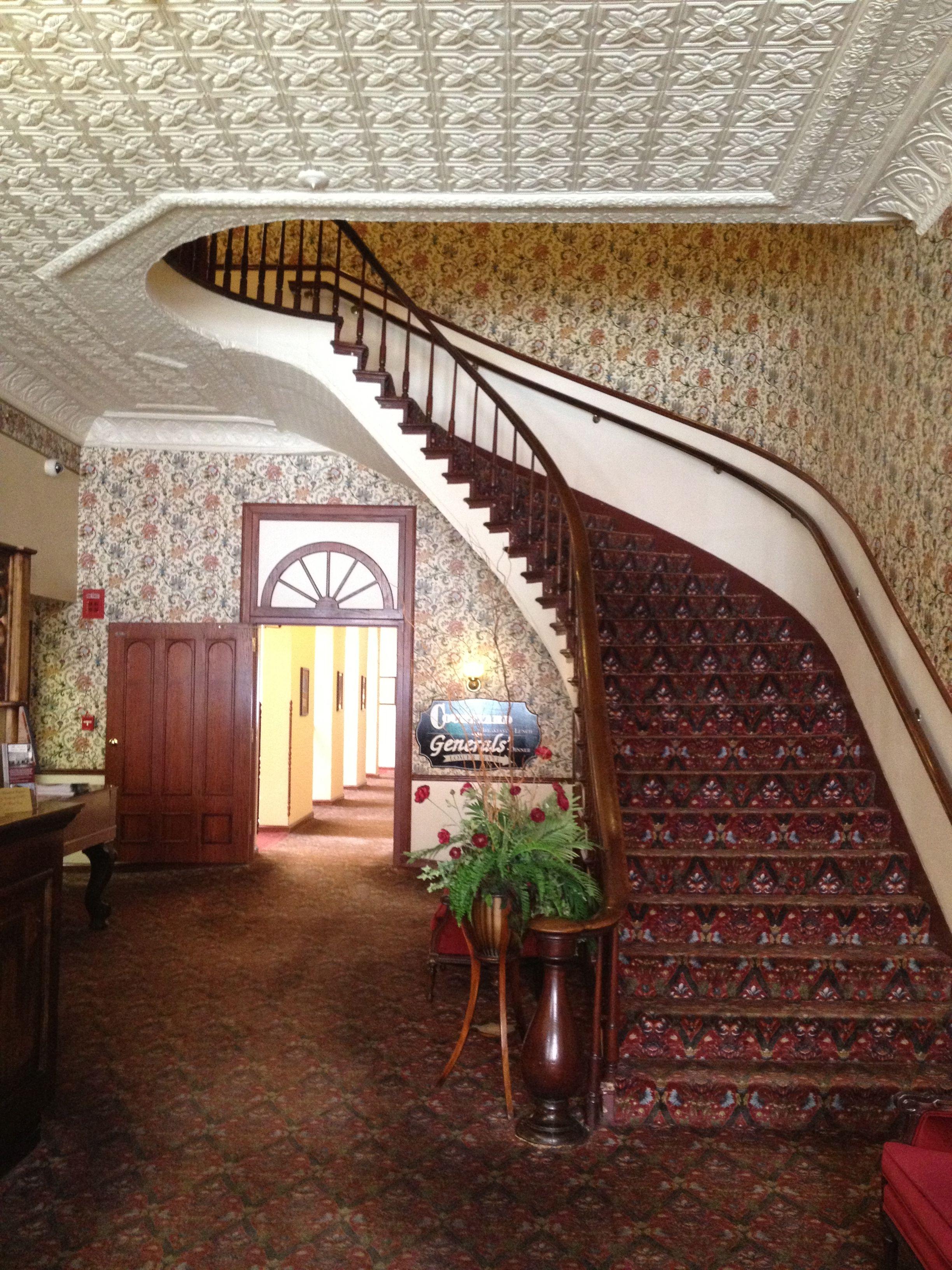 Entrance Desoto House Hotel #galena #il