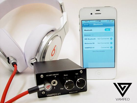 Vampeo Vampeo V1 Is A Portable Headphone Amplifier That Will Connect To Your Iphone Ipod Ipad Mp3 Pl Headphone Amplifiers Kickstarter Projects Headphone