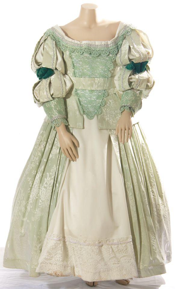 17th century clothing   Elizabethan Costume Plus Size 17th Century Gown  sc 1 st  Pinterest & 17th century clothing   Elizabethan Costume Plus Size 17th Century ...