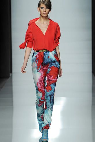 Emanuel Ungaro splash print pants are to live for!