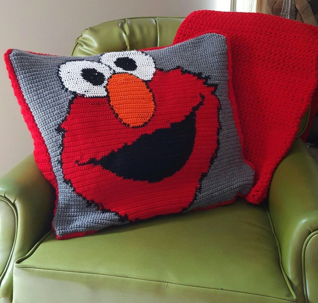 Elmo crochet pillow toddler blanket things ive done elmo crochet pillow toddler blanket bankloansurffo Gallery