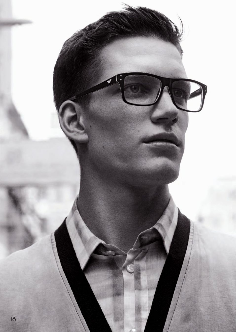 Mens Hairstyles With Glasses 40 Glasses For Men To Look Sexy Anytime Sexy Large And Style