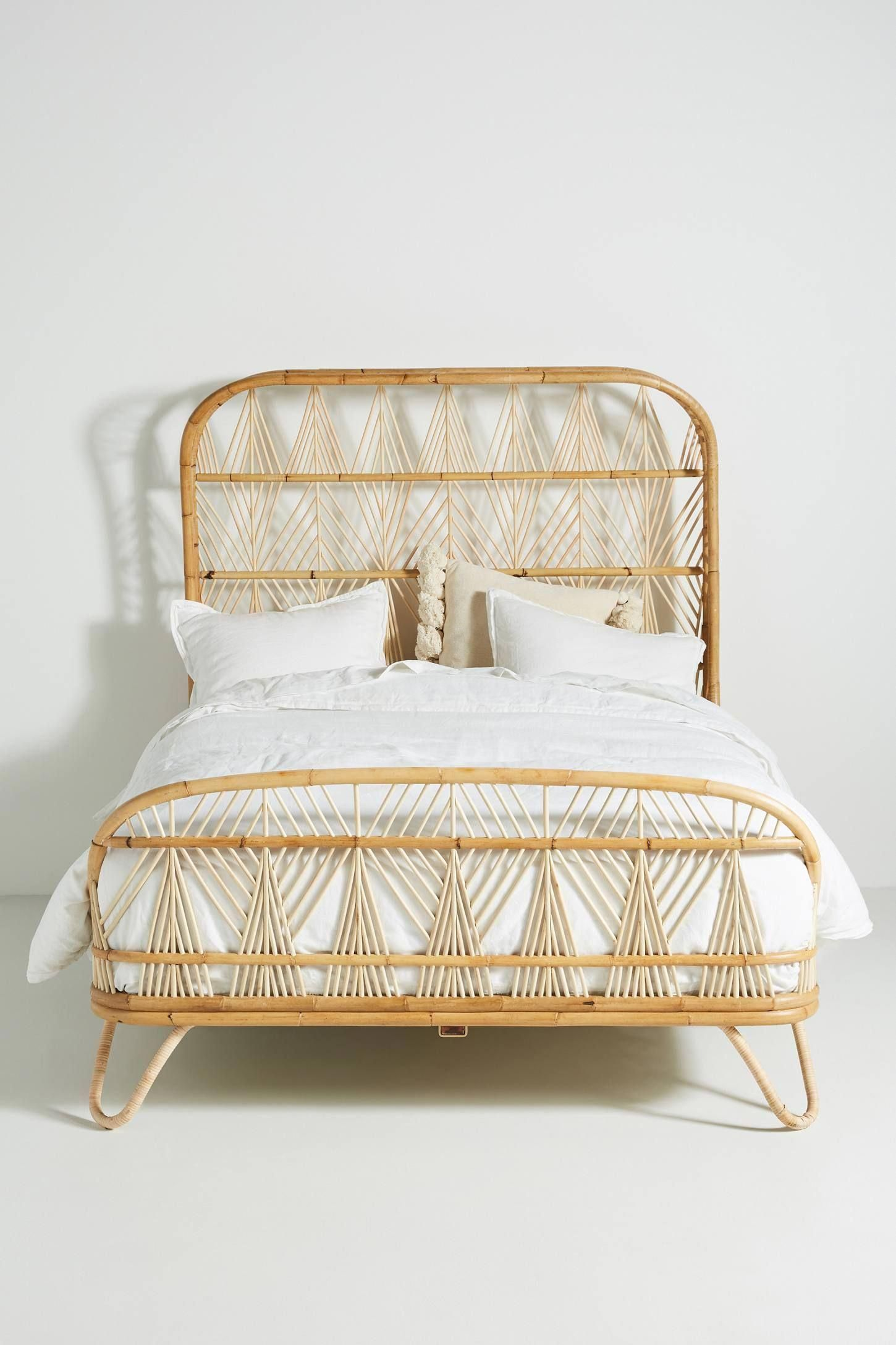 Best Ara Bed Anthropologie Beds Appliques In 2019 Meuble 640 x 480