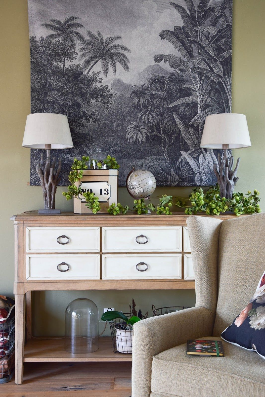 so k nnt ihr getrockneten hopfen auf der konsole arrangieren german blogger interior deko. Black Bedroom Furniture Sets. Home Design Ideas