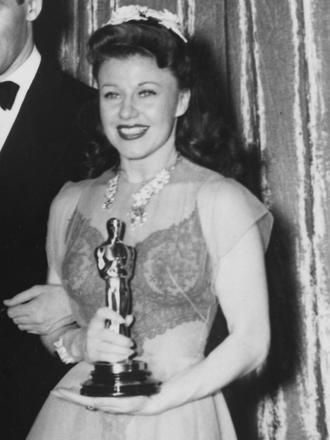 ginger rogers at the 13th academy awards winning for kitty
