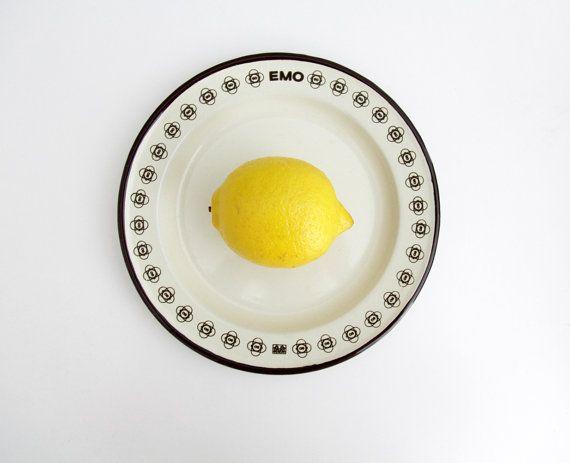 Vintage enameled plate // EMO Celje beige and brown by Yugovicheva