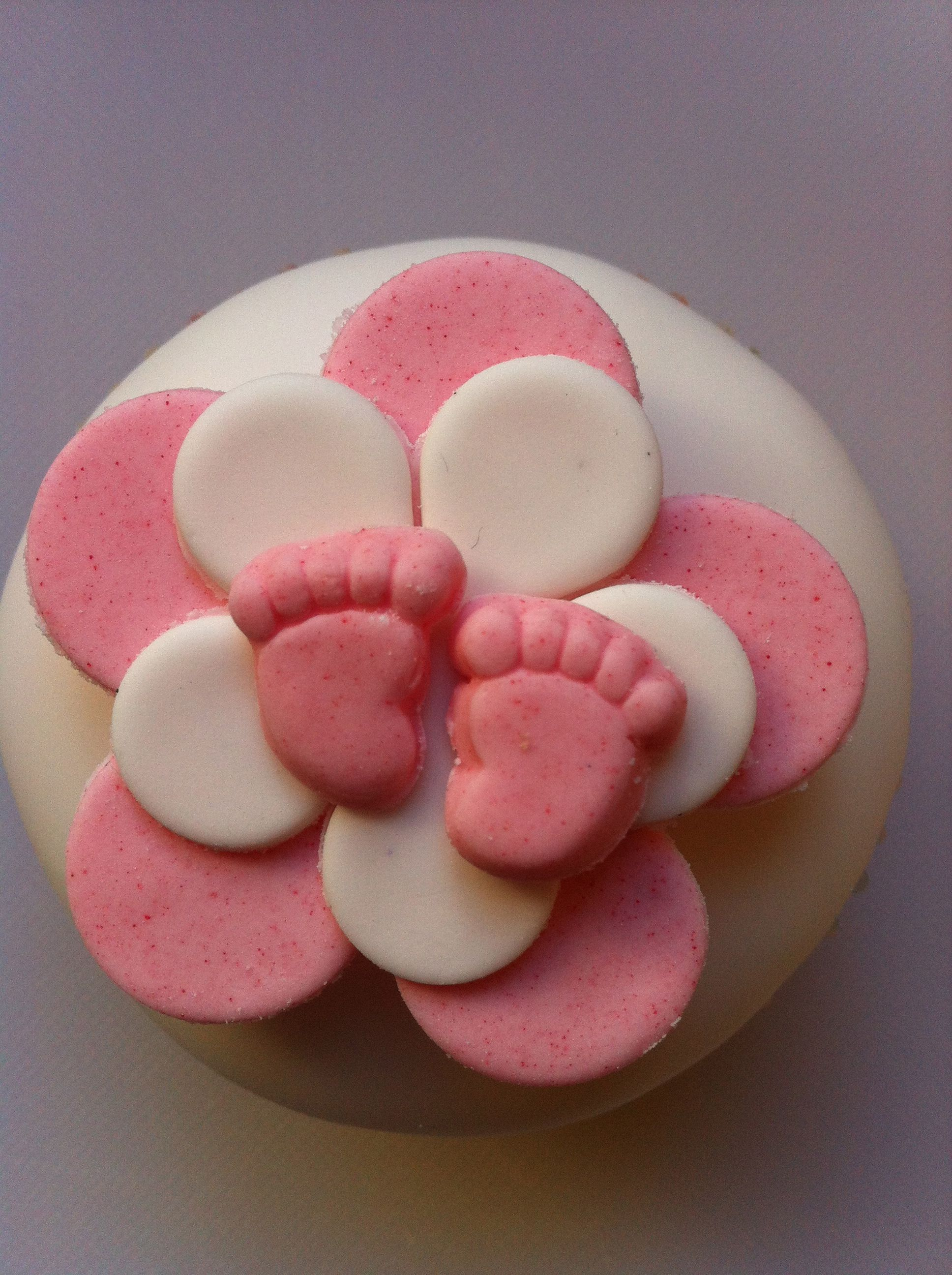 Pale pink and white flowers with pink baby feet! Too cute! Ideal for baby showers and gifts for new parents www.chippingnortonteaset.co.uk