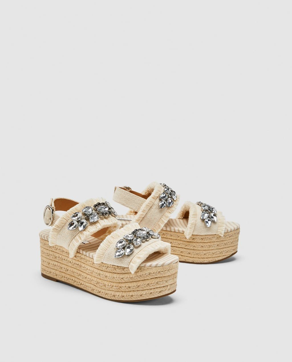 61e4fd02aa68f1 PLATFORM SANDALS WITH BEADED DETAIL from Zara BEADED PLATFORM WEDGES Pole  Dance, Des Espadrilles,