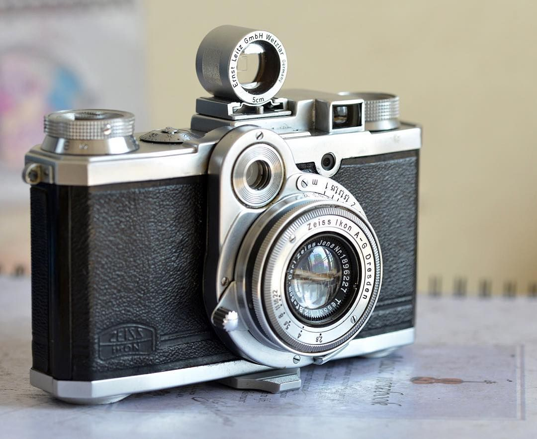 #vintagecamera #zeissikon #nettax#filmcameras #filmcamerasinternational 무겁고 진지한것 싫어요 그래서 인스타로 왔네요  진지한 덧글  답글대신 삭제합니다 ㅋ by skcms21