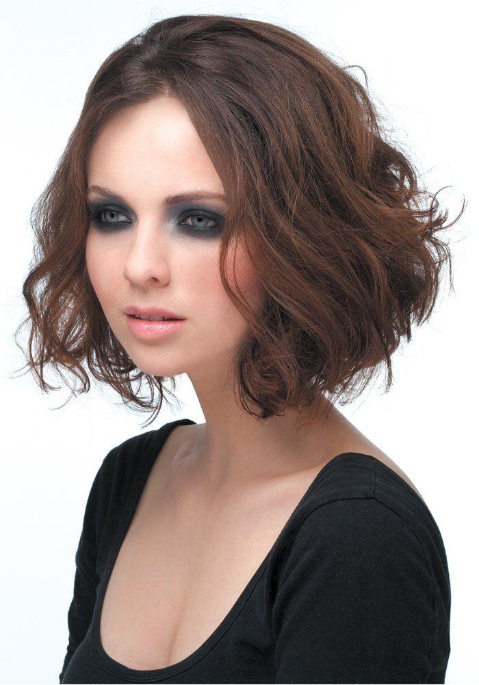 35 idées coiffure pour cheveux bouclés Marie Claire