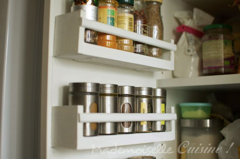 spices rack fabriquer ses tag res pices id es rangement pinterest armoire de cuisine. Black Bedroom Furniture Sets. Home Design Ideas