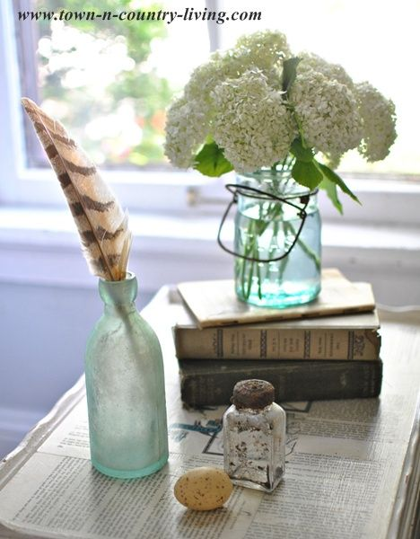 Six Ways To Decorate With Books