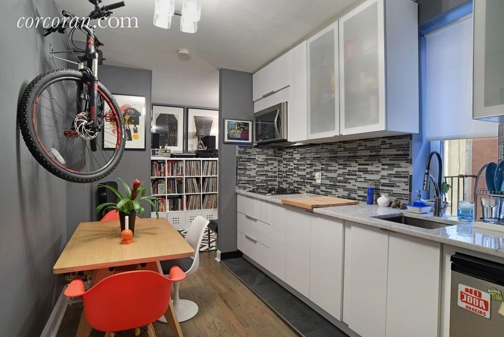 Modern Kitchen with Calacatta Vicenza Quartz Countertop, Undermount Sink, Porta S2 Cabinetry, Flush, Ceramic Tile, One-wall