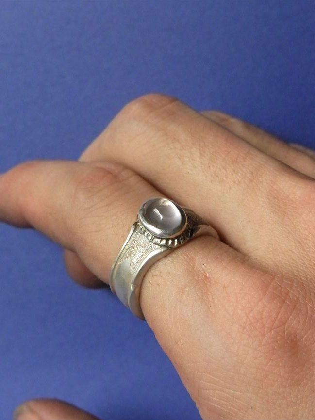 アンティーク調シルバーリング 材料:950銀  An Antique Style Silver Ring. Material: Silver950