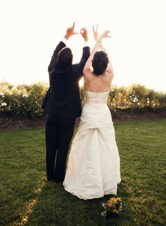 Wedding photography ideas for posing  Wedding Photo Ideas: 10 Creative Ways To Pose | Photo poses ...