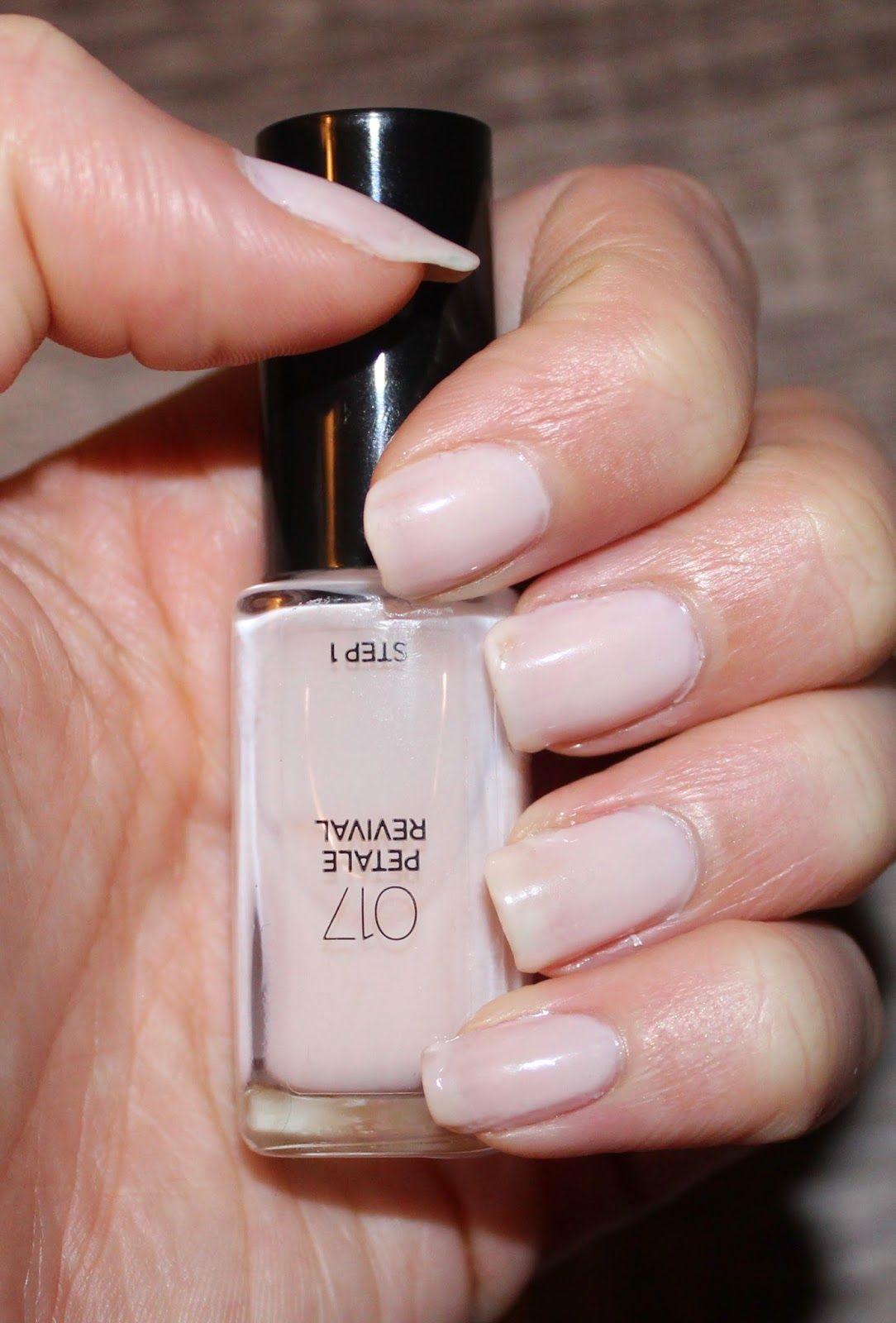 L Oreal Infallible 2 Step Nail Colour In Petale Revival Swatch Nail Colors Loreal Infallible Nail Polish
