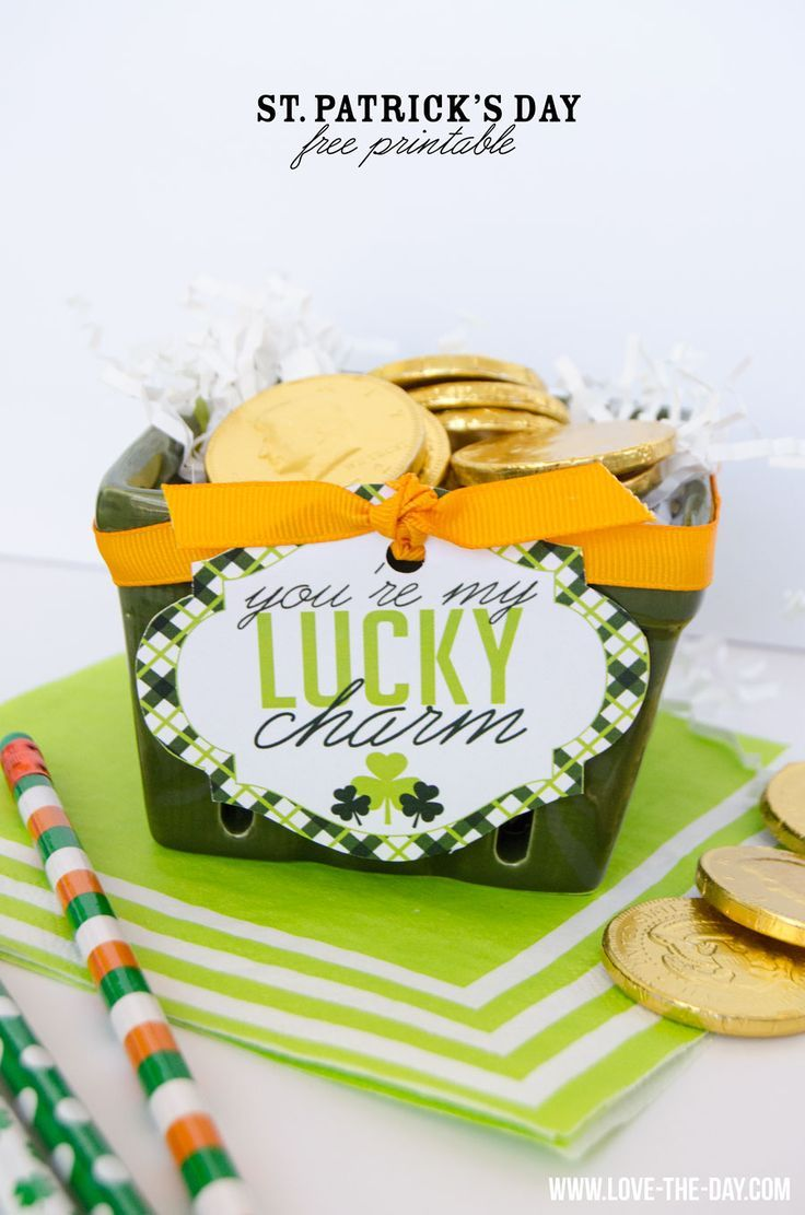 St. Patrick's Day Ideas:: Lucky To Have You FREE Printable by Love The Day