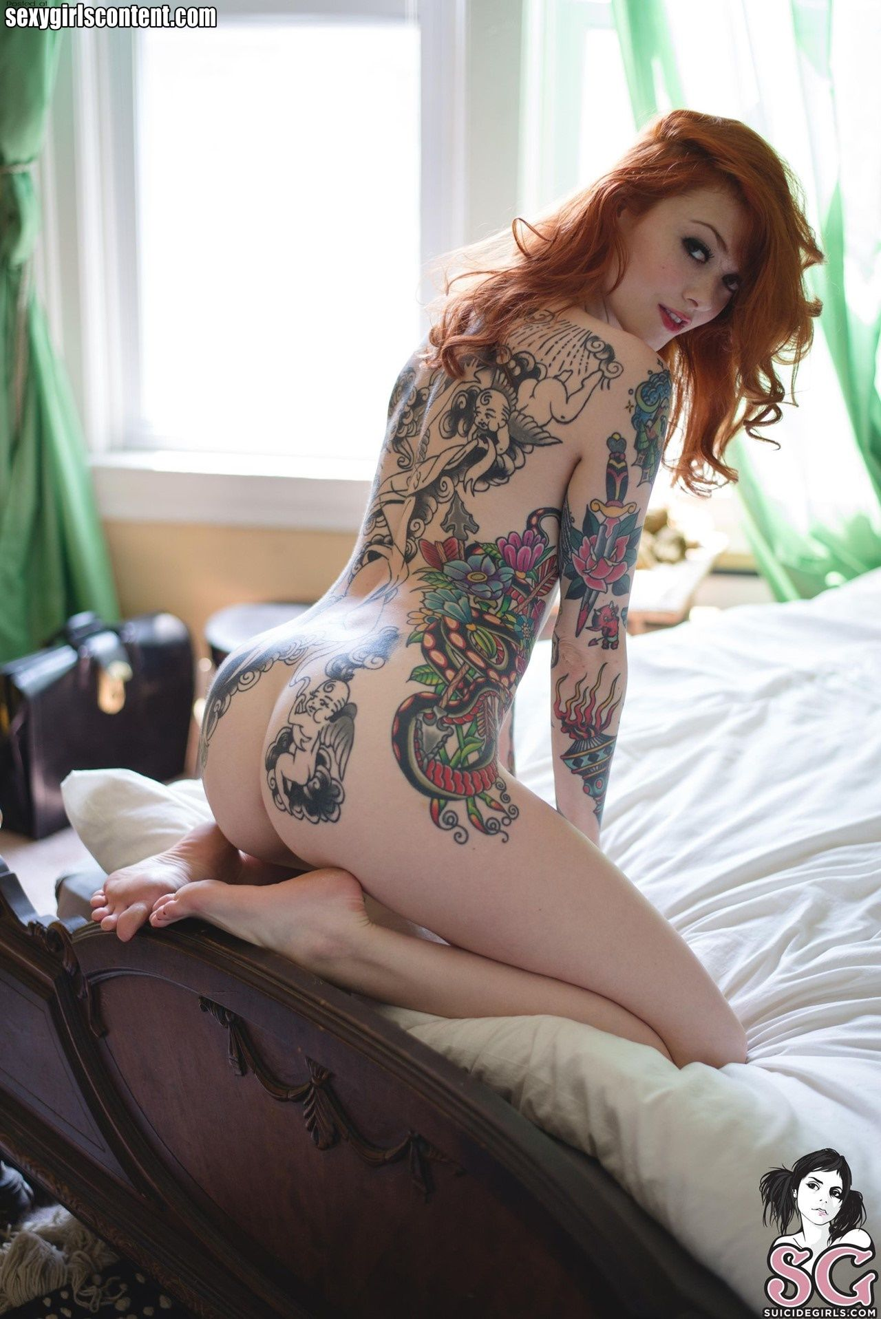 naked tattooed hot rod girls