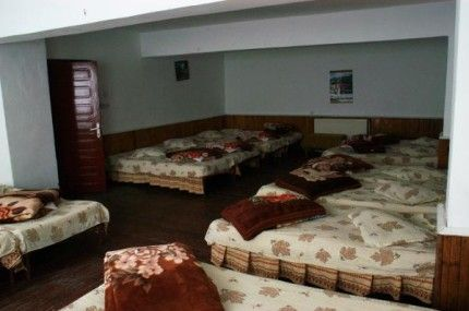 Interior Dormitor Cabana Dochia With Images Cabana Kotatsu