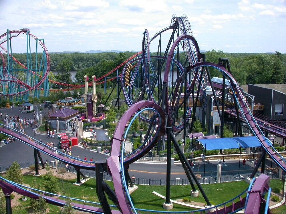 Batman Roller Coaster At Six Flags New England Theme Parks Rides Roller Coaster Ride Amusement Park Rides