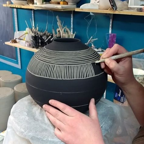 How to Sgraffito #ceramicpottery