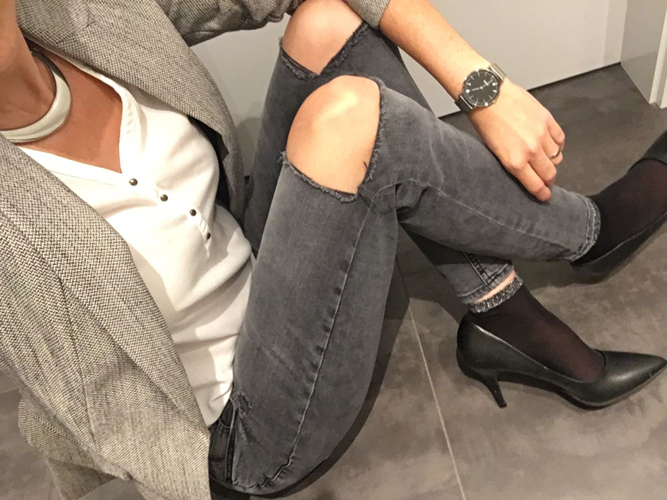 Shade of grey • fall outfit • work office • classy