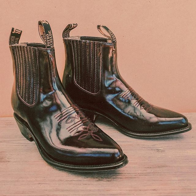 WEBSTA @ backbite_ - Do we have to?! 😫💔 Three of the most gorgeous pairs of Mexican Chelsea boots (all different sizes ranging from about 7.5-9.5) just hit new arrivals, and we aren't looking forward to seeing them go. 😭 www.shopbackbite.com