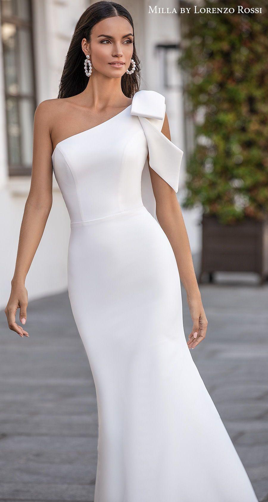 Simple Chic Wedding Dress Wedding Dresses Chic Wedding Dresses Dream Wedding Dresses [ 1200 x 972 Pixel ]