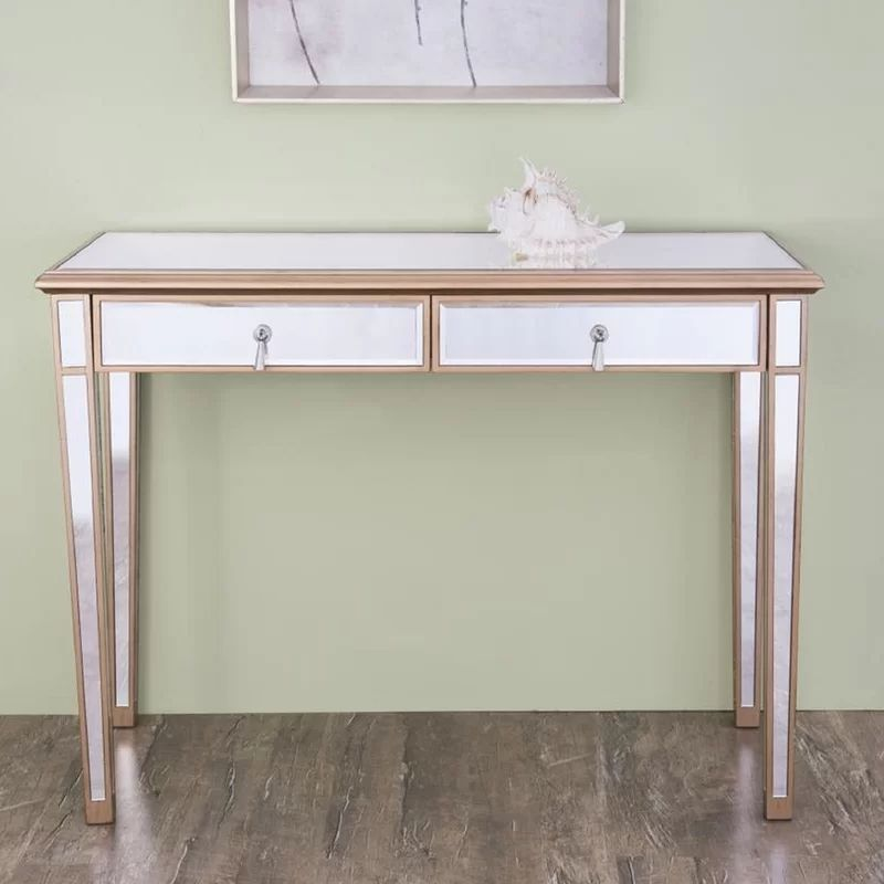 Here Are Home Office Desk Ideas That Offer A Little Something More From Built In Storage To Creative Color If You Stick With Dull