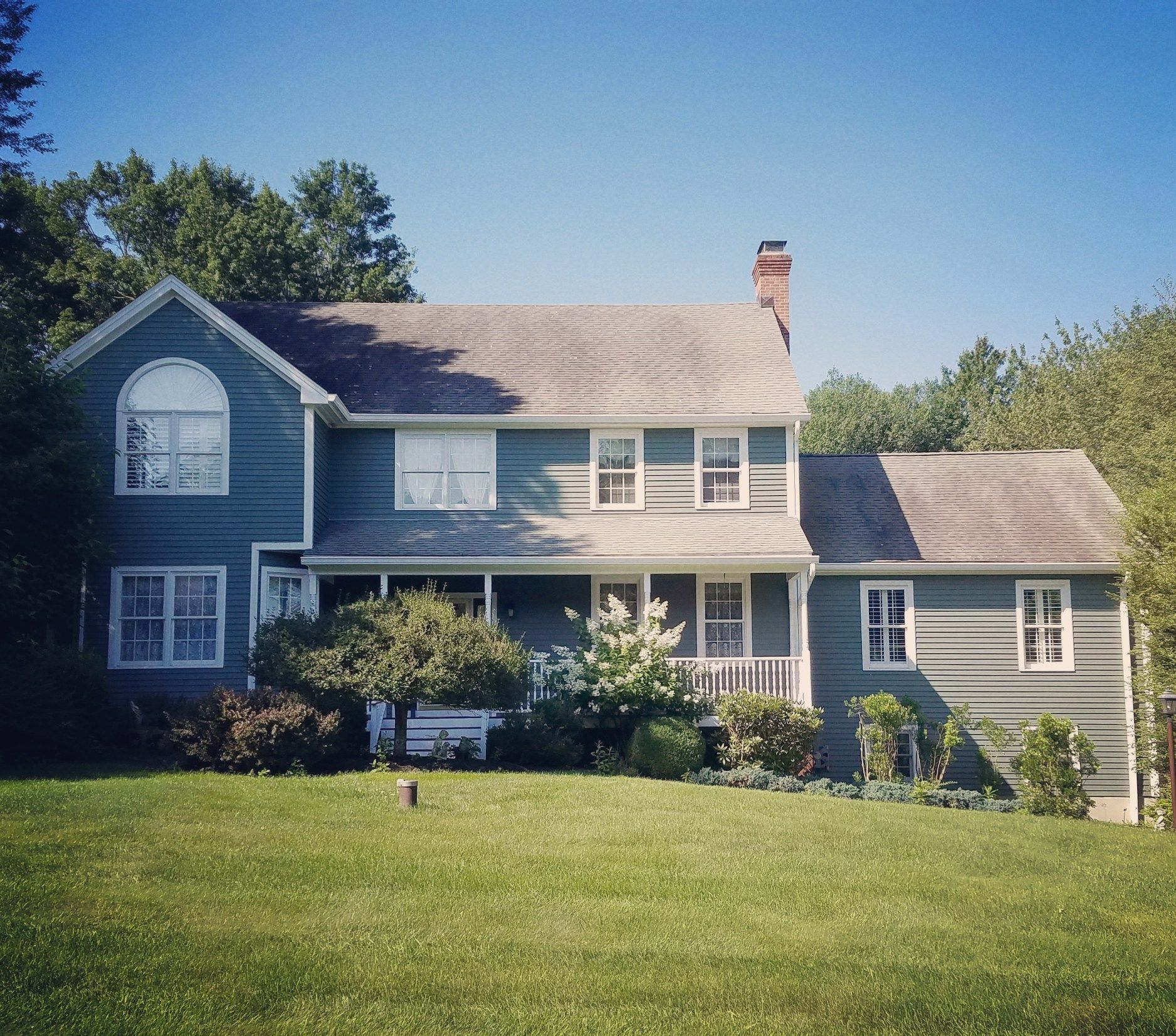 Exterior House Washing Reno: Updating A 90's Built Colonial In Connecticut